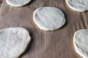Vegane Streusel-Brötchen ganz einfach selber backen